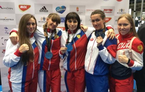 Девушки на чемпионате мира по кикбоксингу 2017